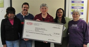 E.I. Dupont Belle Works donates to United Food Operation