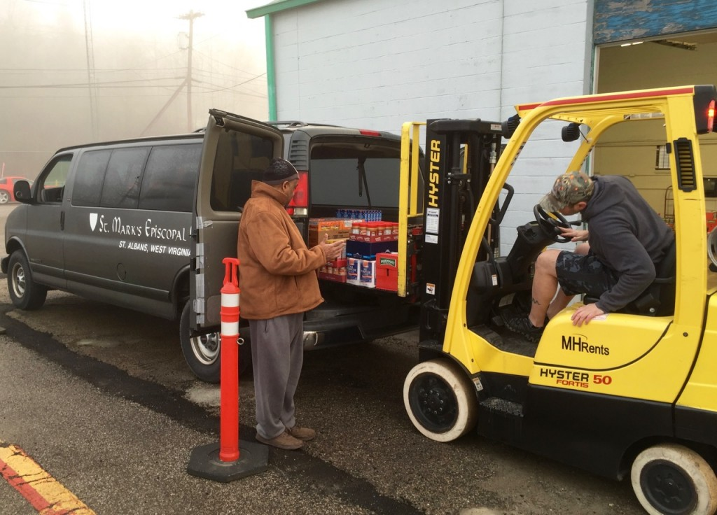 Food pantry vehicles of many types and sizes at United Food Operation Jan-9-2016